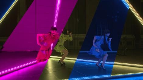 東京、ニューヨーク、ロンドンと世界3都市に分かれたPerfumeが同時パフォーマンス