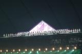 セット頂上の天空ステージから東京ドームを見渡す乃木坂46