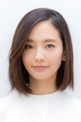 NHK・BSプレミアムで放送されるドラマ『平成細雪』(2018年1月7日スタート)四姉妹の四女を演じる中村ゆり