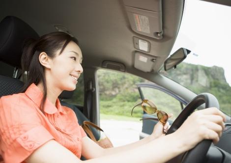 できることなら自動車保険料は安くしたい ムダをなくす基本的な方法とは(写真はイメージ)