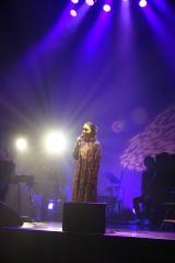『LIVE TOUR 2017「and…」』大阪公演で歌う上白石萌音