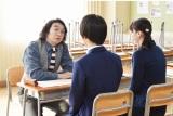 嵐・櫻井翔主演ドラマ『先に生まれただけの僕』(毎週土曜 後10:00)に出演する池田鉄洋(C)日本テレビ