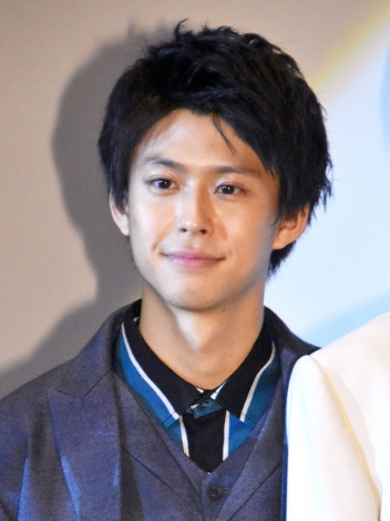 映画『一礼して、キス』初日舞台あいさつに登壇した鈴木勝大 (C)ORICON NewS inc.