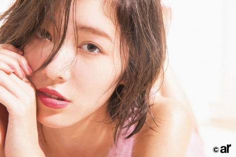 サムネイル 『ar』12月号に登場する松井珠理奈 (C)主婦と生活社