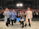 『LIFE!〜熊本に捧げるライブ〜』に出演した(左から)塚地武雅、田中直樹、内村光良、ムロツヨシ(C)NHK