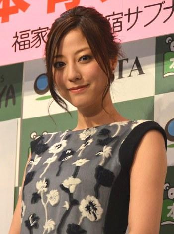 写真集『Chiamata(キアマータ)』の発売記念イベントを行う杉本有美 (C)ORICON NewS inc.