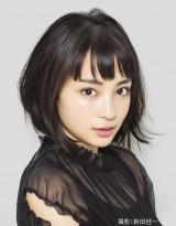 日本テレビ系1月期新水曜ドラマに主演する広瀬すず