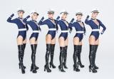 セクシーなポリス姿を披露したCYBER JAPAN(撮影/内藤啓介・宝島社)