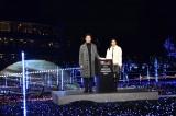 (左から)大泉洋、北川景子=『ミッドタウン・クリスマ 2017』クリスマスイルミネーション点灯式 (C)ORICON NewS inc.