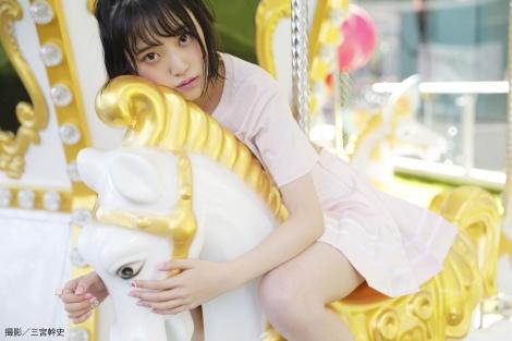 サムネイル 1st写真集の発売前重版が決定した乃木坂46・堀未央奈