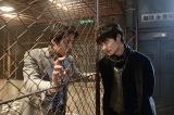 WOWOW『連続ドラマW 名刺ゲーム』(12月2日スタート)で約6年ぶりに共演する堤真一(左)と岡田将生(右)(C)WOWOW
