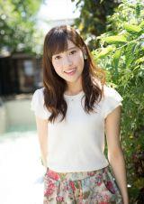 『キャンパスクイーンコレクション Smile! Fresh! Jump!』に登場する慶應義塾大学の曽我部春華(文藝春秋)