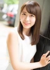 『キャンパスクイーンコレクション Smile! Fresh! Jump!』に登場する東洋英和女学院大学の須藤未菜(文藝春秋)