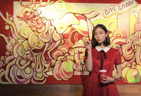 サムネイル スターバックス コーヒー 表参道B-SIDE店にローレン・サイが描いたアート空間が誕生 (C)oricon ME inc.