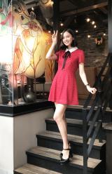 レッドのミニドレスがキュートなローレン・サイ(C)oricon ME inc.