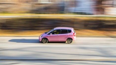 自動車保険「走行距離割引」 申告よりオーバーしたら?(写真はイメージ)