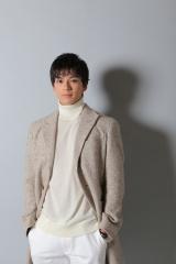 日本テレビ系連続ドラマ『トドメの接吻』に出演する新田真剣佑 (C)日本テレビ