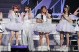 『モーニング娘。誕生20周年記念コンサートツアー2017秋〜We are MORNING MUSUME。〜』にサプライズ出演した(左から)田中れいな、高橋愛、辻希美、道重さゆみ