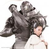 MISIAの新曲「君のそばにいるよ」のミュージックビデオが公開。写真はMISIA×実写版『鋼の錬金術師』アルフォンスのコラボステッカー