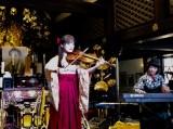 法眞寺での「文京一葉忌」でライブを行ったMARIERIKA