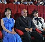 『マンハント』台湾プレミアに出席した(左から)桜庭ななみ、ジョン・ウー、ハ・ジウォン