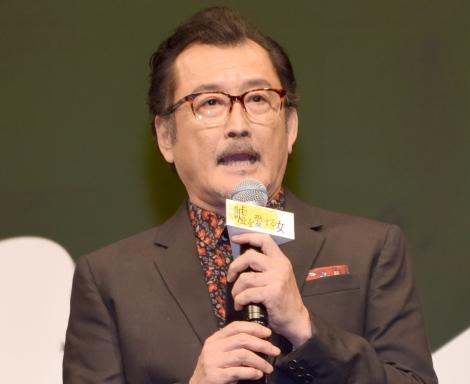 映画『嘘を愛する女』の完成披露舞台あいさつに出席した吉田鋼太郎 (C)ORICON NewS inc.