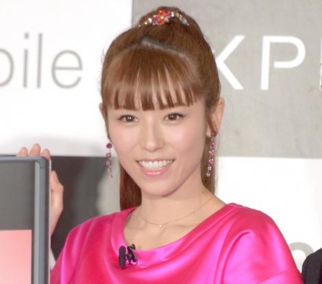 『nuroモバイル×Xperia』プレミアム回線開通式に出席した若槻千夏 (C)ORICON NewS inc.