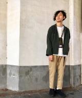 Style03 チラッと効かせたサコッシュでレイヤード感アップ 「ザ・ノース・フェイス パープルレーベル」のサコッシュ5500円(税抜) (C)oricon ME inc.