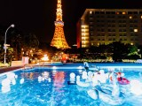 「インスタ映え」の象徴ナイトプール(写真はCanCam Night Pool 2017・現在は営業終了)