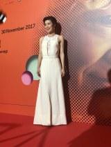第28回シンガポール国際映画祭で舞台あいさつを行った寺島しのぶ