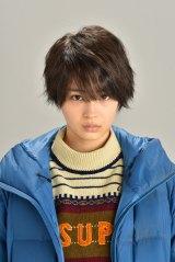 来年1月にスタートする日本テレビ系連続ドラマ『anone』(あのね)(毎週水曜 後10:00)の広瀬すずの役衣装が初公開 (C)日本テレビ