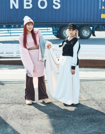 サムネイル 『mini』1月号に登場した(左から)須田アンナ、YURINO