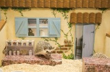 ハリネズミとドールハウスの様子(お庭)