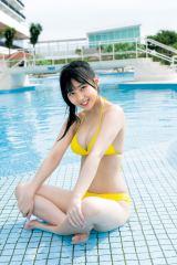 『週刊ヤングジャンプ』1号に登場するHKT48・田中美久(C)Takeo Dec./集英社