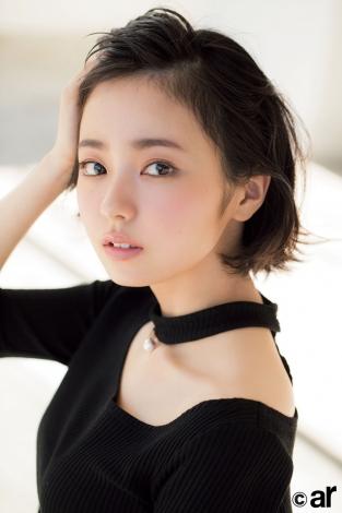 『ar』レギュラーモデルに抜てきされた欅坂46・今泉佑唯