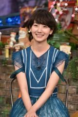 日本テレビ系『TOKIO嵐』の『嵐にしやがれ元日スペシャル』に参加する波瑠(C)日本テレビ