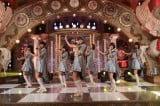 テレビ朝日のオーディション番組『ラストアイドル』より。正式決定したメンバー7人による初「バンドワゴン」のパフォーマンス(C)テレビ朝日