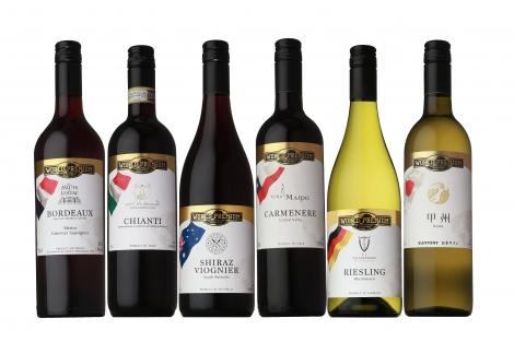 サムネイル 写真左から『ワールドプレミアム フランス ボルドー』『同 イタリア キャンティ』『同 ドイツ リースリング』『同 オーストラリア シラーズ/ヴィオニエ』『同 チリ カルメネール』『同 日本ワイン 甲州』