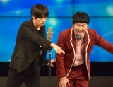 「お前だ」と観客を指差す村本=『RE-OPEN』記念特別公演 (C)ORICON NewS inc.
