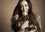 自身初の年間アルバムランキング1位を獲得した安室奈美恵