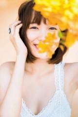 飯豊まりえ1st写真集『NO GAZPACHO』未収録カット公開(C)矢西誠二/週刊プレイボーイ