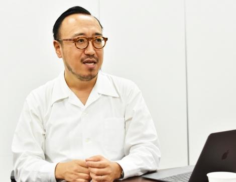 外国人接客支援アプリ『パロット』を開発したスーパーデューパーCEO・鈴木知行さん