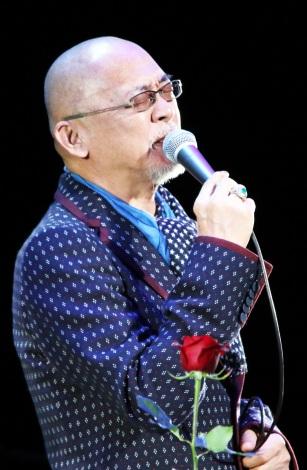 札幌・ニトリ文化ホールで最後のクリスマス公演を行った松山千春