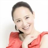 『第68回NHK紅白歌合戦』でドラマ『マチ工場のオンナ』主題歌「新しい明日」を歌唱する松田聖子