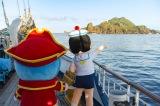 『映画ドラえもん のび太の宝島』(2018年3月3日公開)さながらに、日本に実在する宝島を発見したキャプテンドラえもんとのび太(C)藤子プロ・小学館・テレビ朝日・シンエイ・ADK 2018