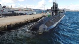 東山紀之、自衛隊の潜水艦を取材