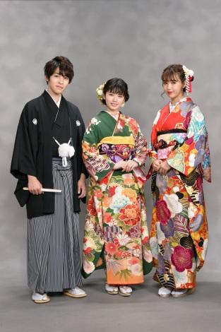 今年新成人を迎えるオスカープロモーション所属の(左から)西銘駿、小芝風花、藤田ニコル