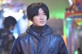 日本テレビ系連続ドラマ『anone』より。瑛太(C)日本テレビ