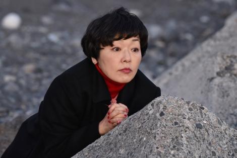 日本テレビ系連続ドラマ『anone』より。小林聡美 (C)日本テレビ