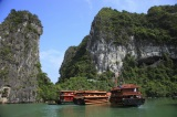ベトナム北東部に位置する世界遺産「ハロン湾」